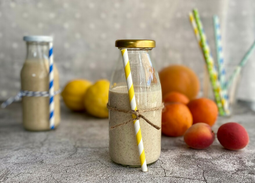 Abbildung Erdnussbutter-Leinsamen-Haferflocken-Shake