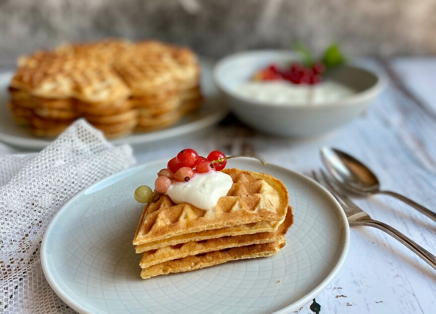Picture Oat bran waffles with sour cream